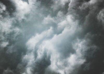 Goroesi'r Storm – Gwerth cudd Mudiadau Angor Cymunedol